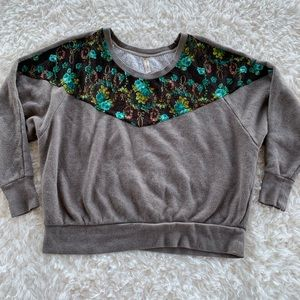 Free people gray and lace sweater size extra small